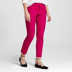 Women's Modern Ankle Pant Pink Size 4 NEW